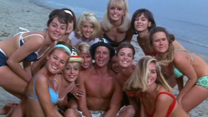 c50045558c36 Beach Party Summer  BEACH BLANKET BINGO (1965)