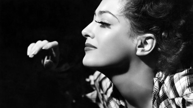 Joan Crawford Ultimate Star