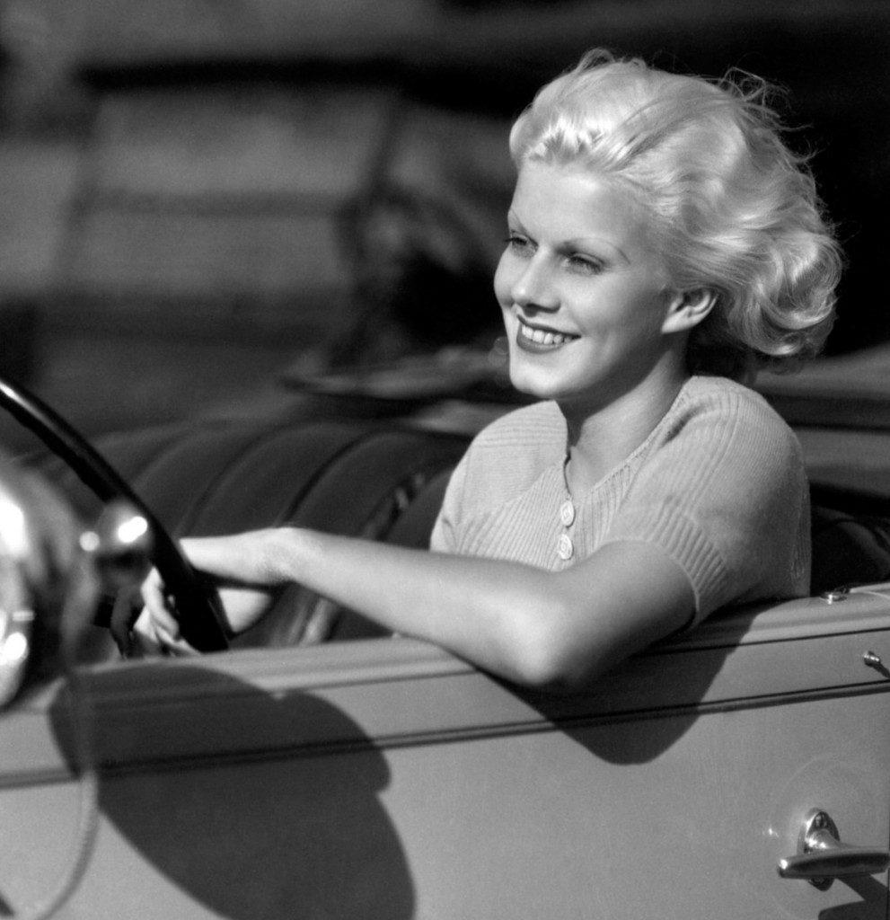 Fabulous Harlow in her fabulous Packard.