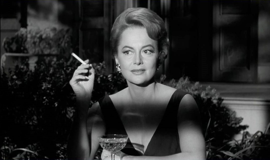 Olivia-de-havilland-the-retro-set